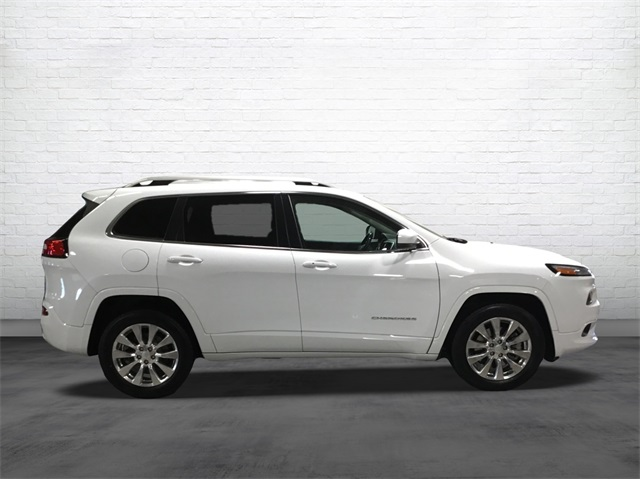 Certified Pre-Owned 2018 Jeep Cherokee Overland