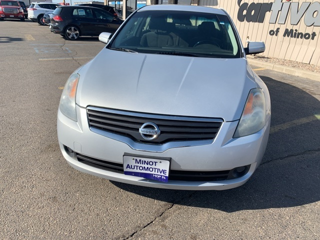 Pre-Owned 2009 Nissan Altima 3.5 Se