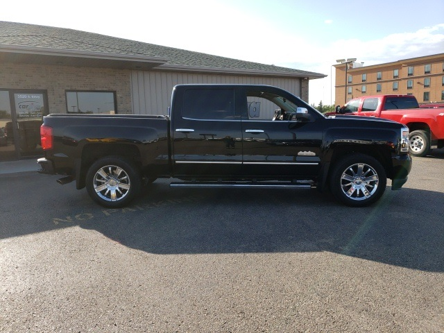 Pre-Owned 2018 Chevrolet Silverado 1500 High Country