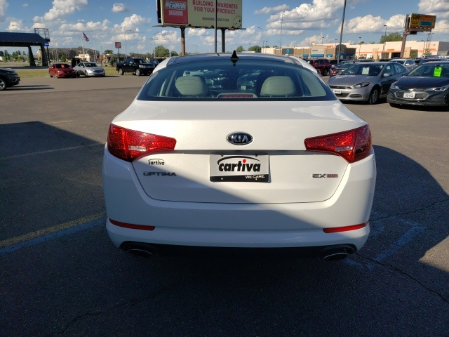 Pre-Owned 2012 Kia Optima Ex